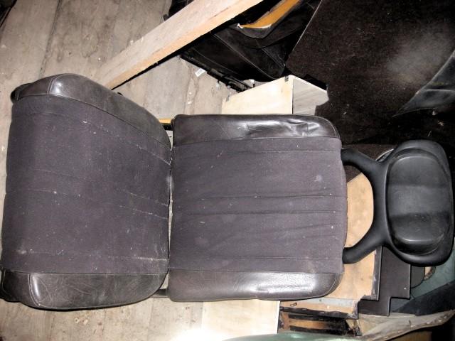 Brun-stol-till-Saab-95-96