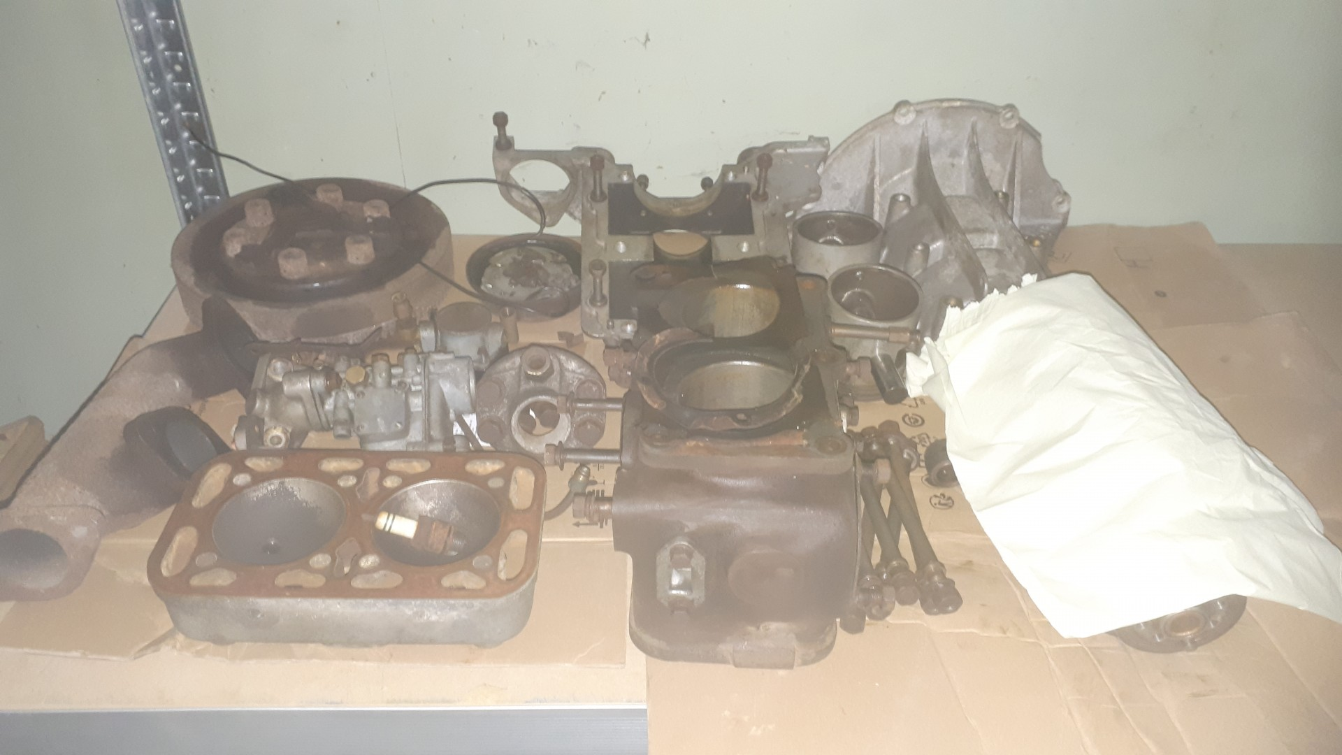Demonterad-motor